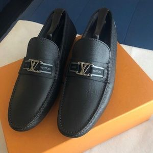 Louis Vuitton Shoes (Drivers/Loafers)